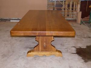 table de ferme monastère