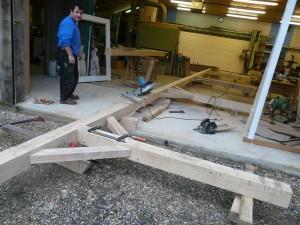 Fabrication d'un préau en chêne sur mesure à louviers les devis sont gratuit