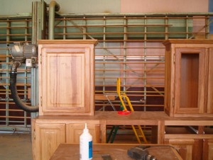 Cuisine en chêne brun atelier1