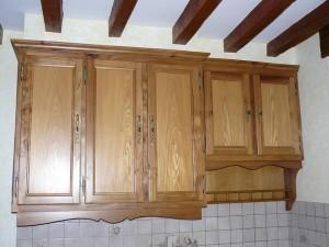 cuisine faite en Orme massif meuble haut