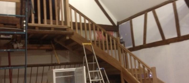 Fabrication d'un escalier en chêne avec des LED intégré dans le limon  à Tourny Eure 27