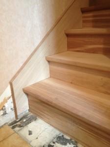 Escalier droit sur crémaillère avec stylobate à casquette proche de magny en vexin Val d'oise 95